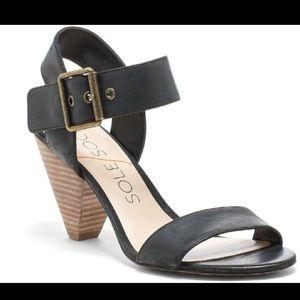 Sole Society Missy sandal in black. Size 7.5.